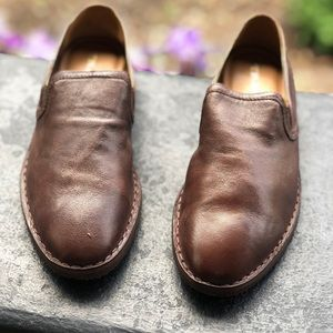 TRASK Loafer size 6 NEW IN BOX